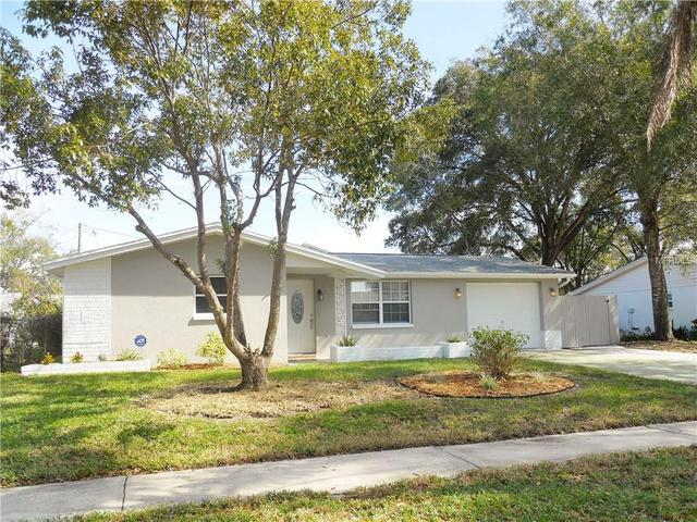 1352 Solitaire Pl, Holiday FL 34690