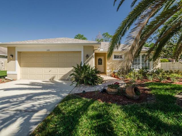 328 Fountainview Cir, Oldsmar FL 34677