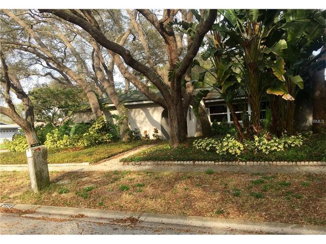 9753 136th St, Seminole, FL
