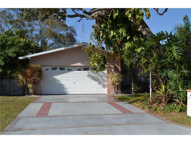 13767 Montego Dr, Seminole, FL