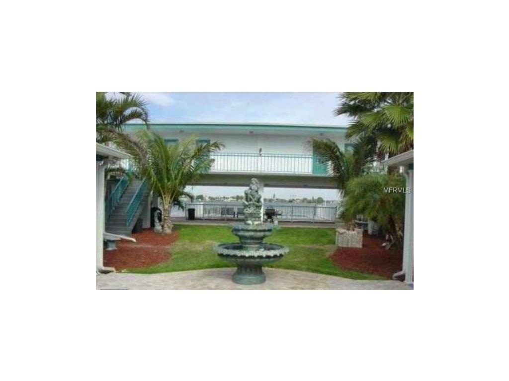 16 Paradise Lane #108, Treasure Island, FL 33706