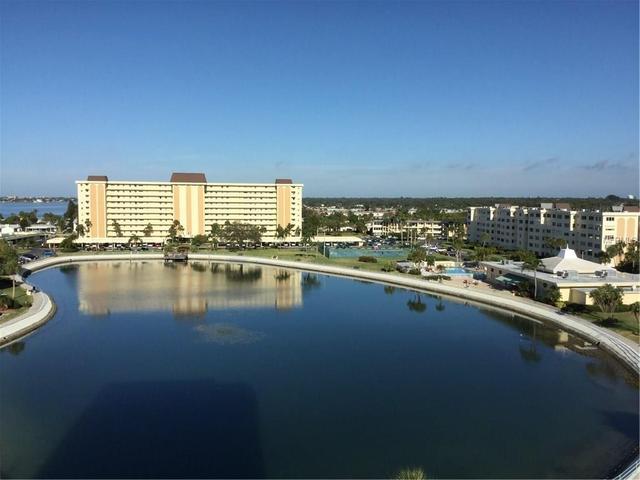 4725 Cove Cir #910, Saint Petersburg, FL 33708