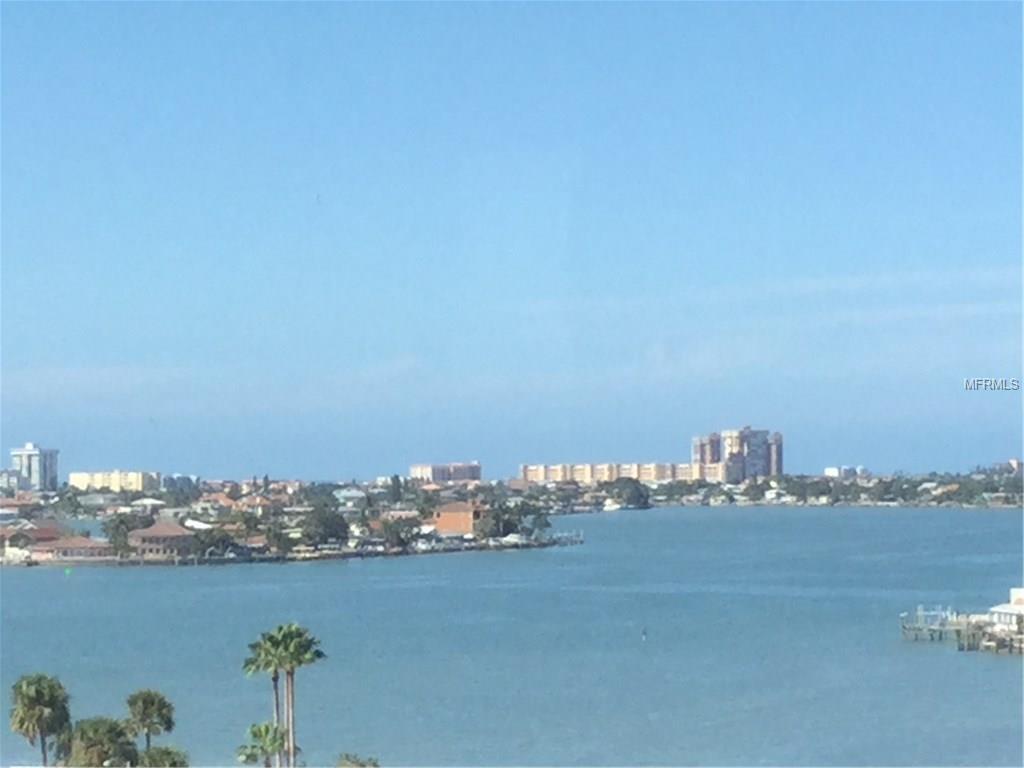 4725 Cove Circle #910, Saint Petersburg, FL 33708