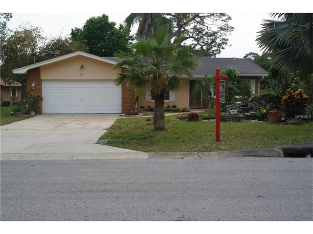 3580 Lake Highland Dr, Palm Harbor FL 34683