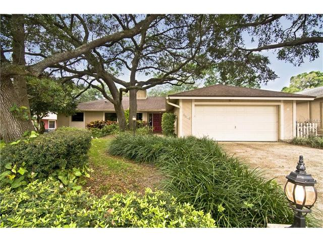 2824 Hamlin Pl, Palm Harbor FL 34684