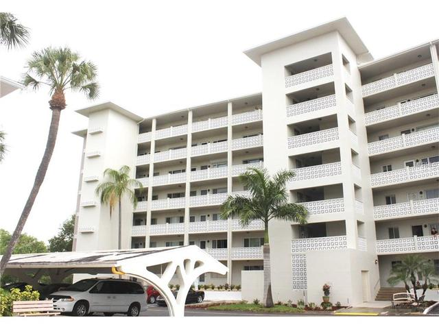 1235 S Highland Ave #APT 5-302, Clearwater FL 33756