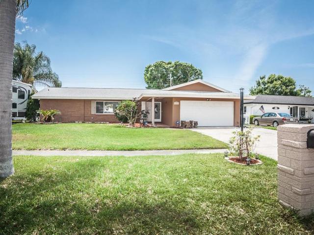 14013 Lookout Way, Seminole, FL