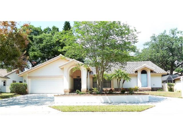 523 Walker Rd, Safety Harbor, FL