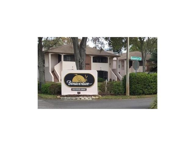 3025 Bonaventure Cir #APT 203, Palm Harbor, FL