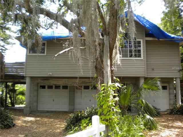8450 Damen Ln, Port Richey, FL