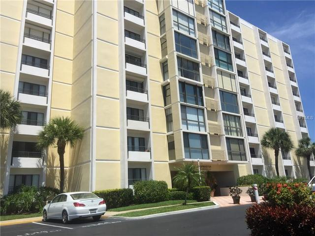 800 S Gulfview Blvd #APT 303, Clearwater Beach FL 33767