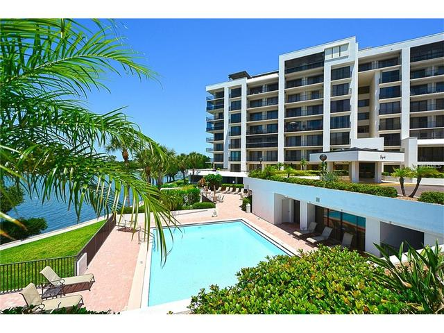 8 Belleview Blvd #APT 501, Clearwater FL 33756