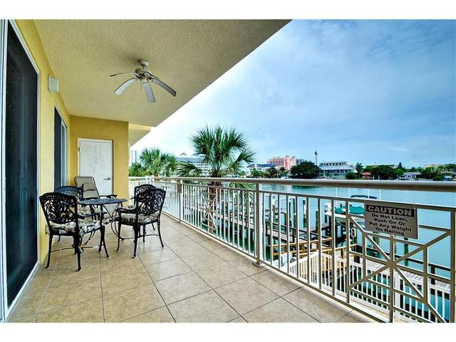 600 Bayway Blvd #APT 203, Clearwater Beach FL 33767