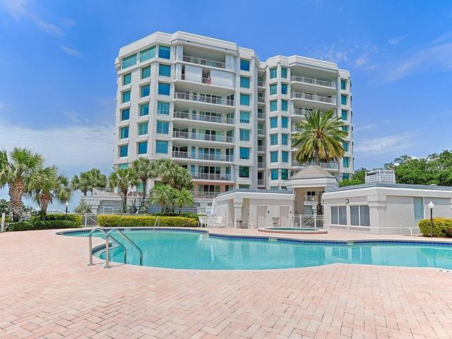 1 Seaside Ln #APT 303, Clearwater FL 33756