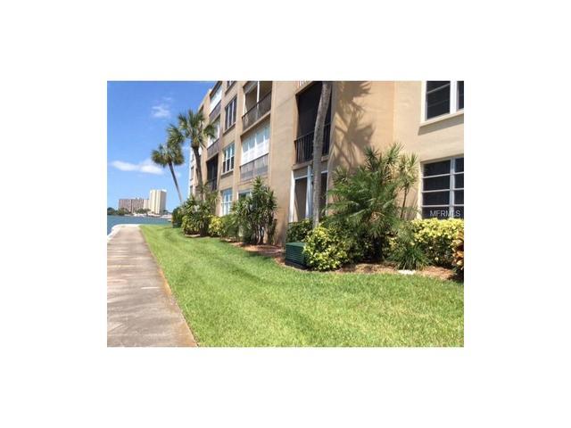 7910 Sun Island Dr #APT 106, Saint Petersburg, FL