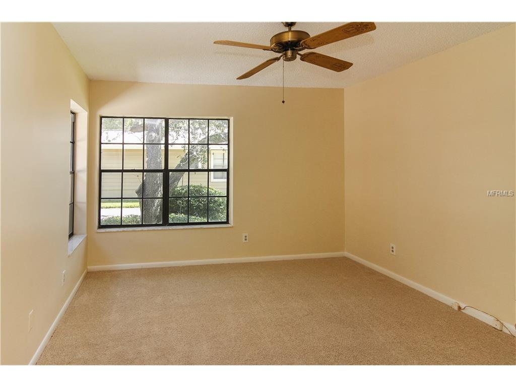 860 Amelia Court NE, Saint Petersburg, FL 33702