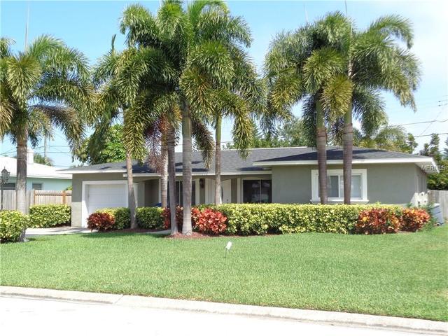 439 86th Ave, Saint Pete Beach, FL 33706