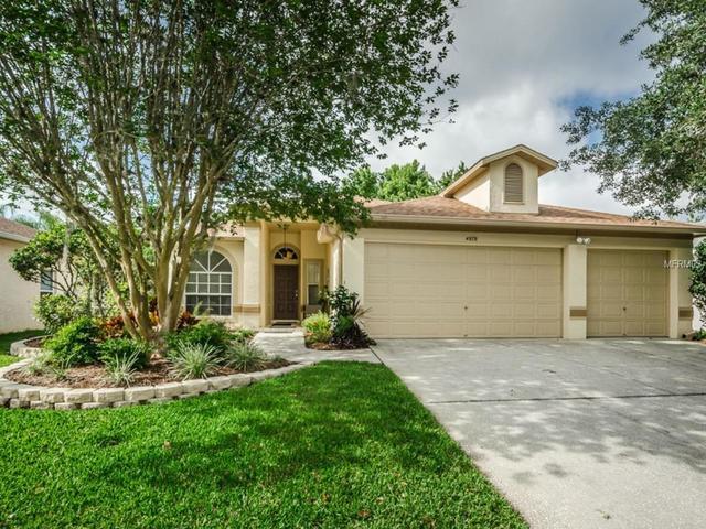 4878 Edgewater Ln, Oldsmar, FL