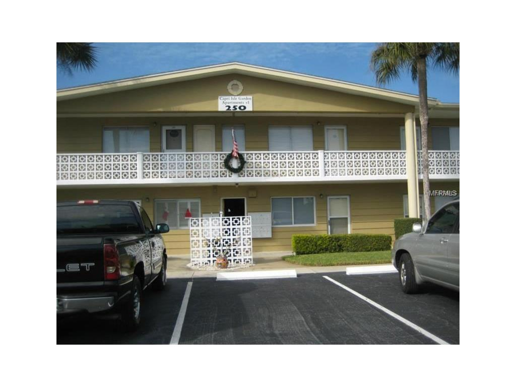 250 126th Avenue #106, Treasure Island, FL 33706
