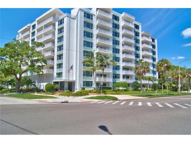 700 Beach Dr NE #201, Saint Petersburg, FL 33701
