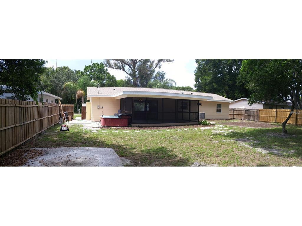 8540 Flamevine Avenue, Seminole, FL 33777