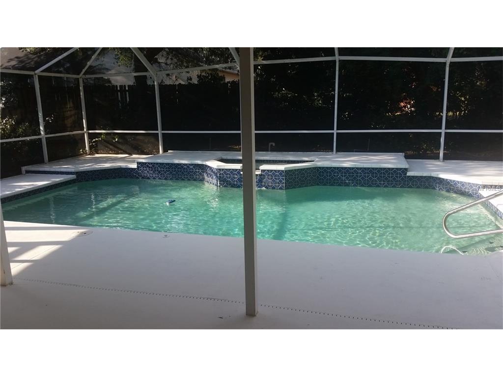 961 Oakview Road, Tarpon Springs, FL 34689