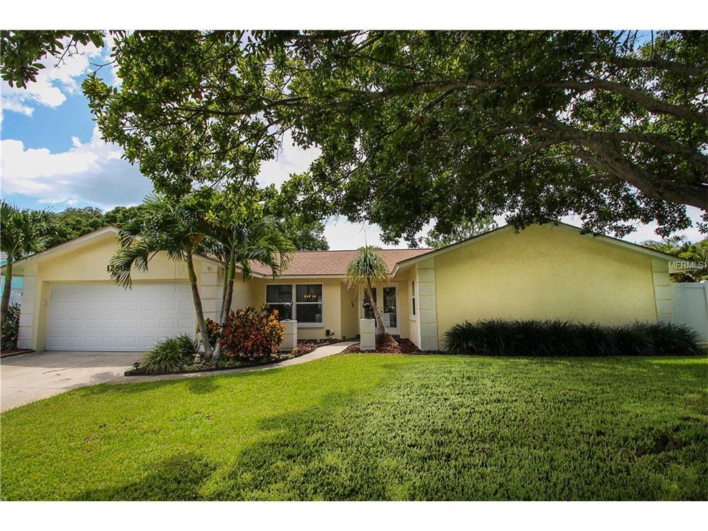 12802 Kimberly Oaks Cir, Largo, FL 33774