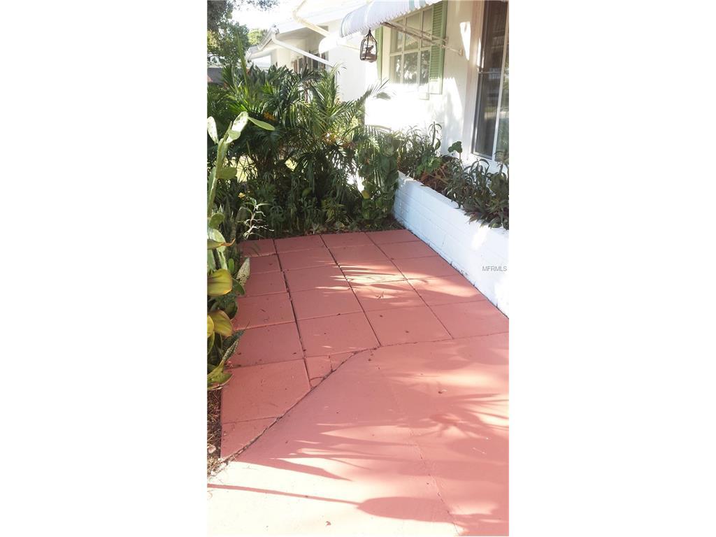 9475 45th Place N Apt Place UNIT 1, Pinellas Park, FL 33782