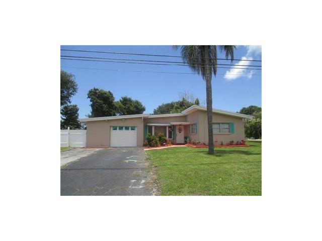 76 Temple Ln, Largo, FL 33770