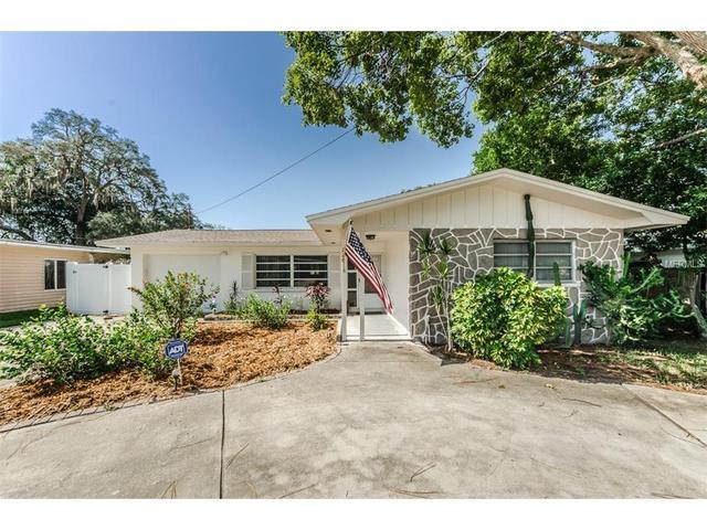 226 Timberlane Dr, Palm Harbor, FL 34683