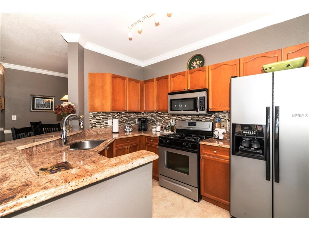 2733 Viaduct Cipriani #821A, Clearwater, FL 33764