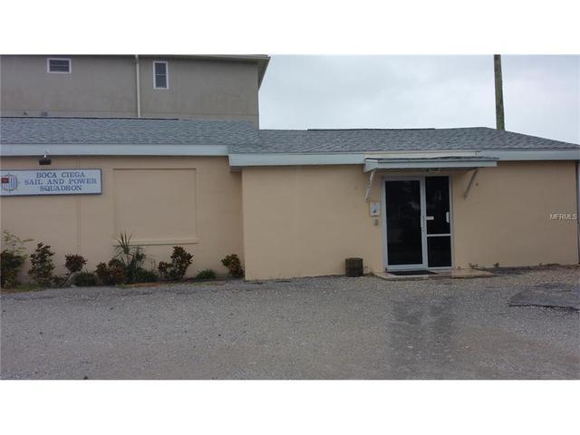 130 126th Ave, Treasure Island, FL 33706