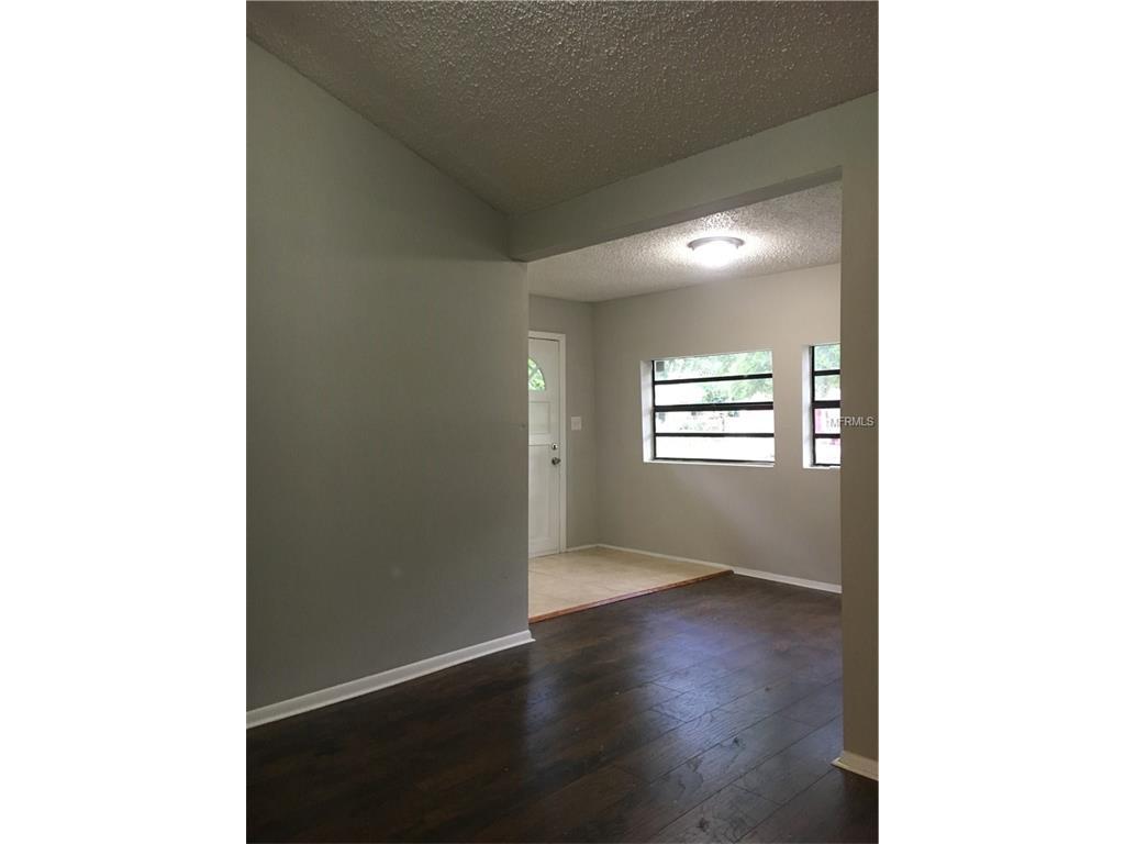 1704 E Poinsettia Avenue, Tampa, FL 33612