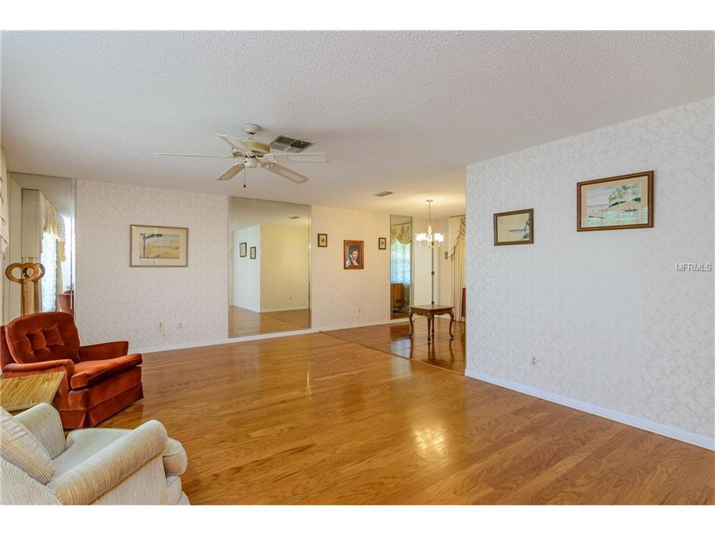 530 Meravan Drive, Palm Harbor, FL 34683