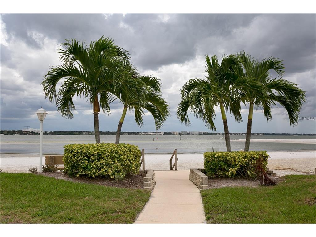 845 S Gulfview Boulevard #202, Clearwater Beach, FL 33767