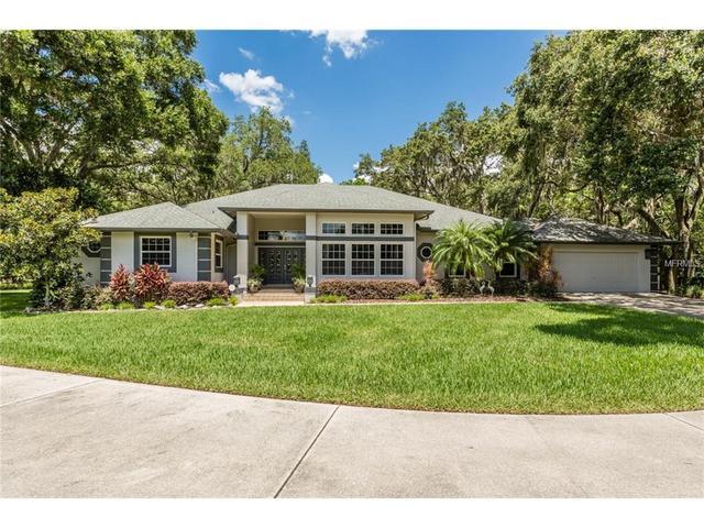 9221 98th Ave, Seminole, FL 33777