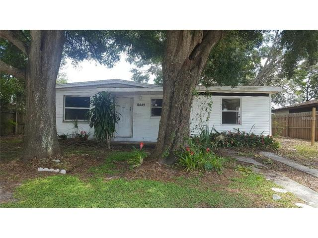 11449 Easy St, Largo, FL 33773