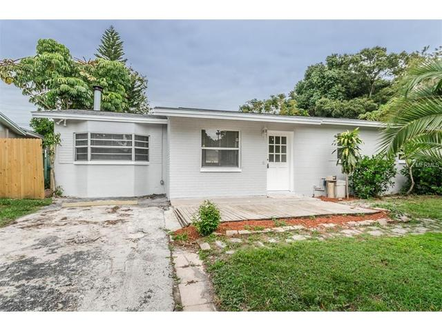 11119 Temple Ave, Seminole, FL 33772
