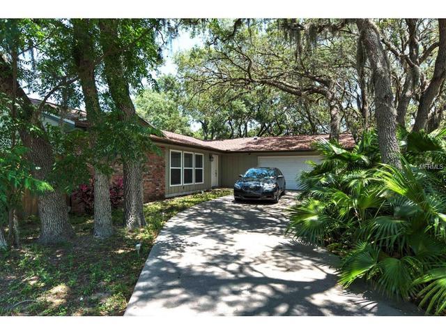 1100 Riverside Dr, Tarpon Springs, FL 34689