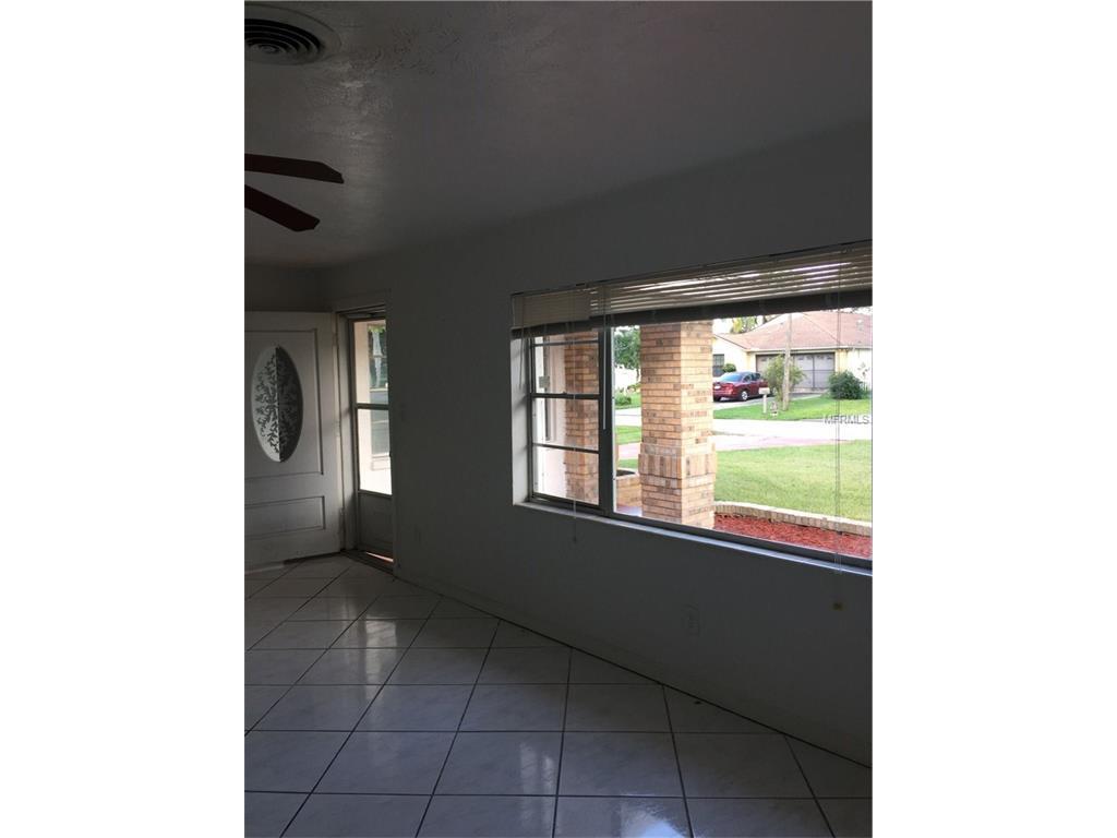 2045 Telogia Court S, Holiday, FL 34690