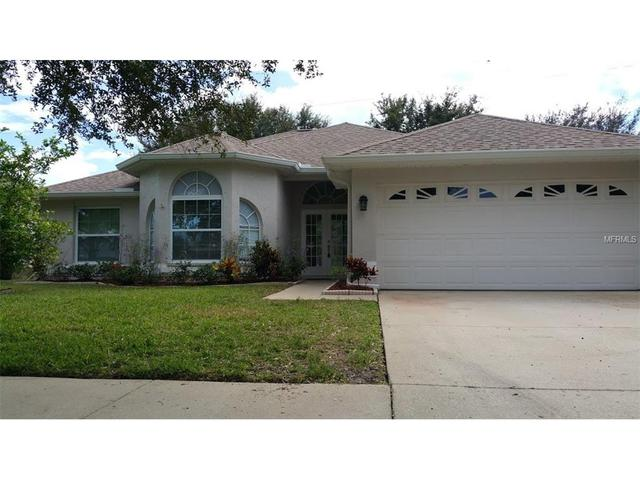 1284 Salt Lake Dr, Tarpon Springs, FL 34689
