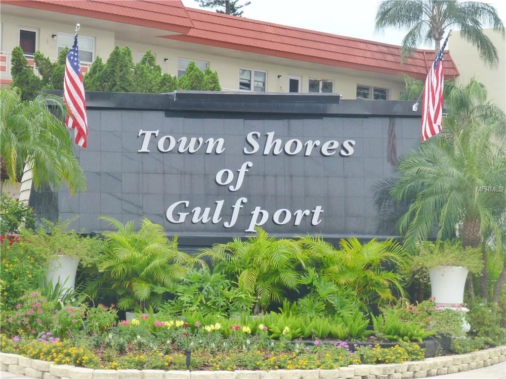 2960 59th Street S #103, Gulfport, FL 33707