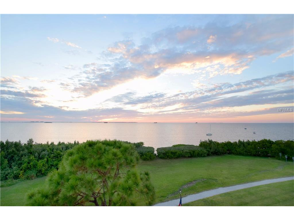 615 Maryland Avenue, Crystal Beach, FL 34681