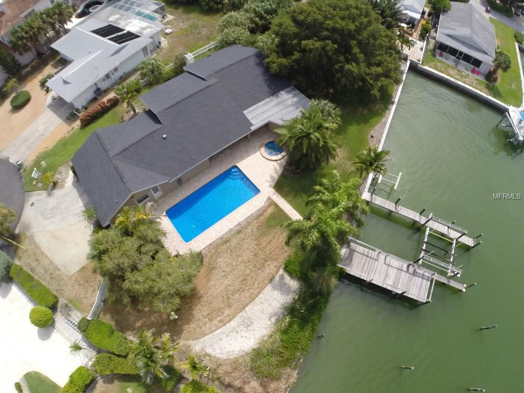 2704 Bayshore Drive, Belleair Beach, FL 33786