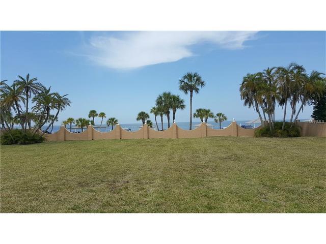 84 Westshore Dr, New Port Richey, FL 34652
