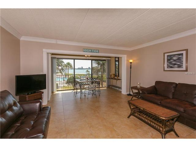 845 S Gulfview Blvd #202, Clearwater Beach, FL 33767