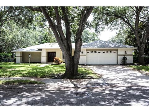 10493 Oak Leaf St, Largo, FL 33774