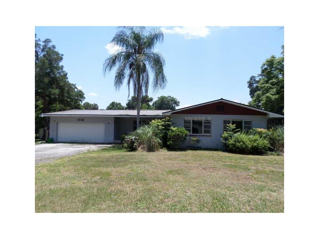 1446 W Voorhis Ave, Deland, FL