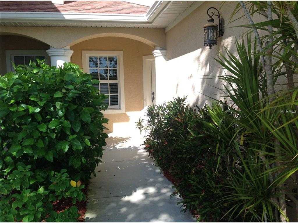 204 Holman Rd #APT 3, Cape Canaveral, FL
