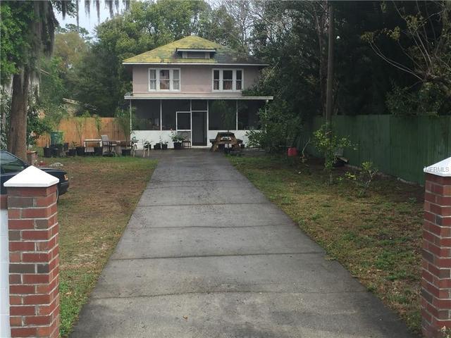823 W Rich Ave, Deland, FL 32720